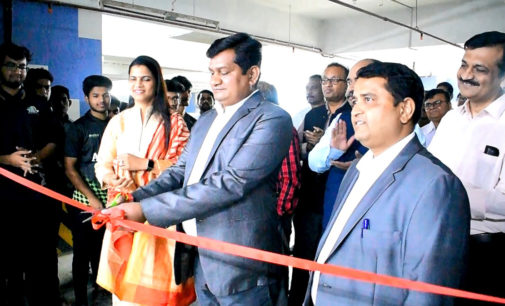 "India's first E-Vehicle Innovation Lab in APSIT-Thane<span class=""rating-result after_title mr-filter rating-result-4901"">	<span class=""mr-star-rating"">			    <i class=""fa fa-star mr-star-full""></i>	    	    <i class=""fa fa-star mr-star-full""></i>	    	    <i class=""fa fa-star mr-star-full""></i>	    	    <i class=""fa fa-star mr-star-full""></i>	    	    <i class=""fa fa-star mr-star-full""></i>	    </span><span class=""star-result"">	5/5</span>			<span class=""count"">				(3)			</span>			</span>"